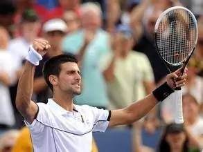 英国网球运动员安迪 穆雷奥运赛场成功卫冕!