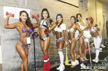 部分女子比基尼组健美运动员的合影,身高高挑,长相甜美,身材魔鬼,还能说什么呢?真是美呆了