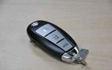 车遥控钥匙没电了怎么办?很多人都不知道