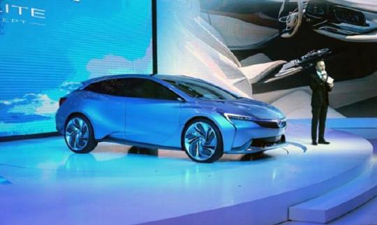 黑科技不少 新能源车是主流 快速点评广州车展概念车