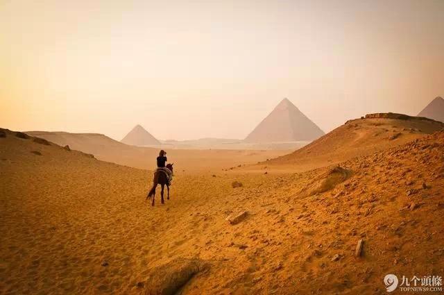 1.埃及金字塔   是不是特别有大漠风情。