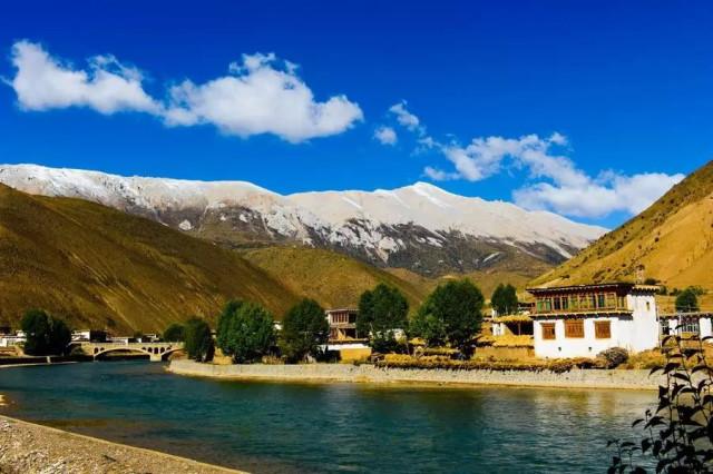 铁血图片论坛 社会类贴图区 美哭!驴友拍摄的真实川藏公路风景(组图)