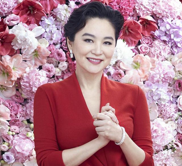 林青霞六十岁 真美人永不迟暮