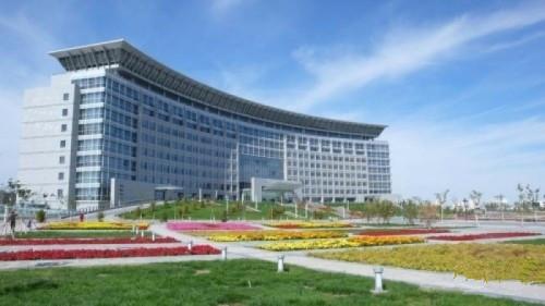 省会级   呼和浩特市政府大楼