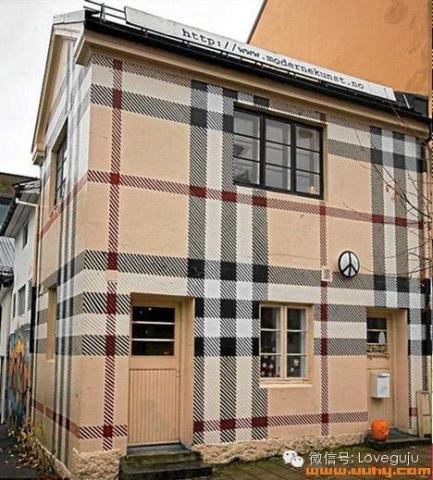 房子的外面装修,在国内很少看到这种风格化的装修,不过,并不能高清图片