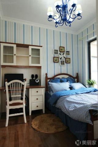 不显繁复.从每一个空间,到每一个家具,每一款墙纸,每一个饰
