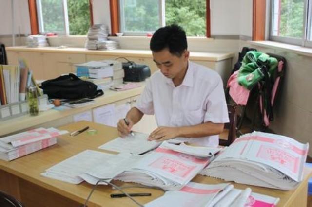 佩服,这位老师批改作业的精彩评语,值得家长们学习.