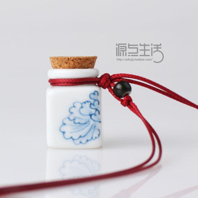 小清新森林系复古花纹手绘瓶项链