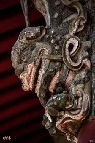 屋檐下的艺术 -- 木雕