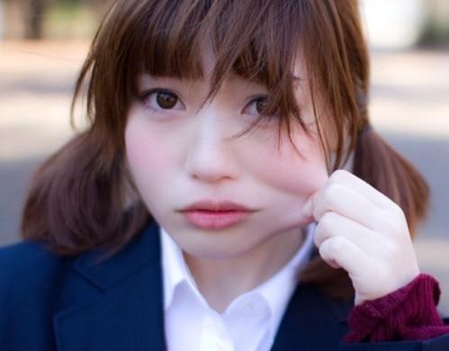 日本女生最想咬头像部位,怎跟想的不一样有彩虹的qq女生男生图片