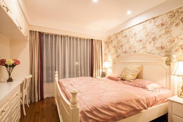 房间带阳台设计图卧室图片欣赏展示图片